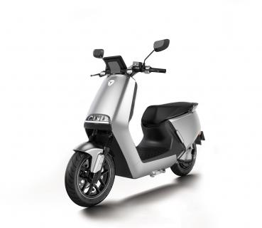 YADEA G5 ELECTRIC SCOOTER SILVER